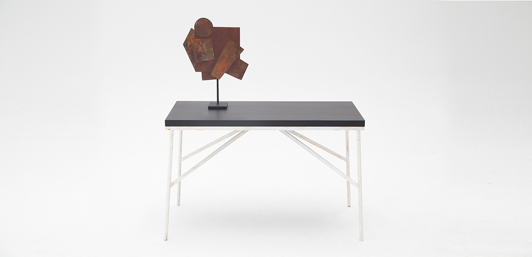mesa-comedor-lantana-madera-negra-3