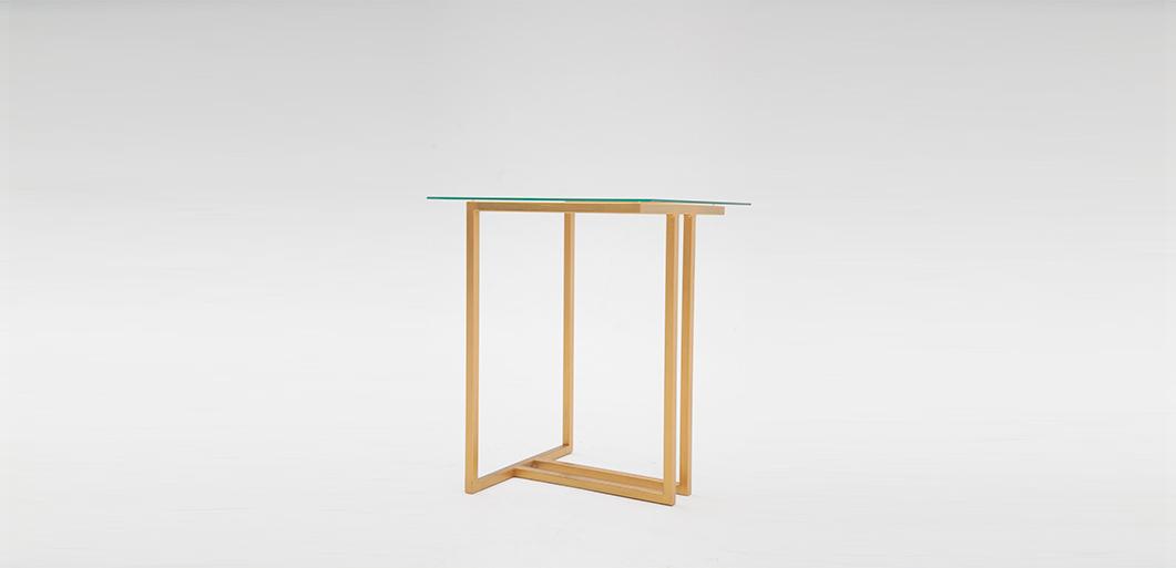 Mesa auxiliar cadmia cristal tabolo design - Mesas auxiliares cristal ...